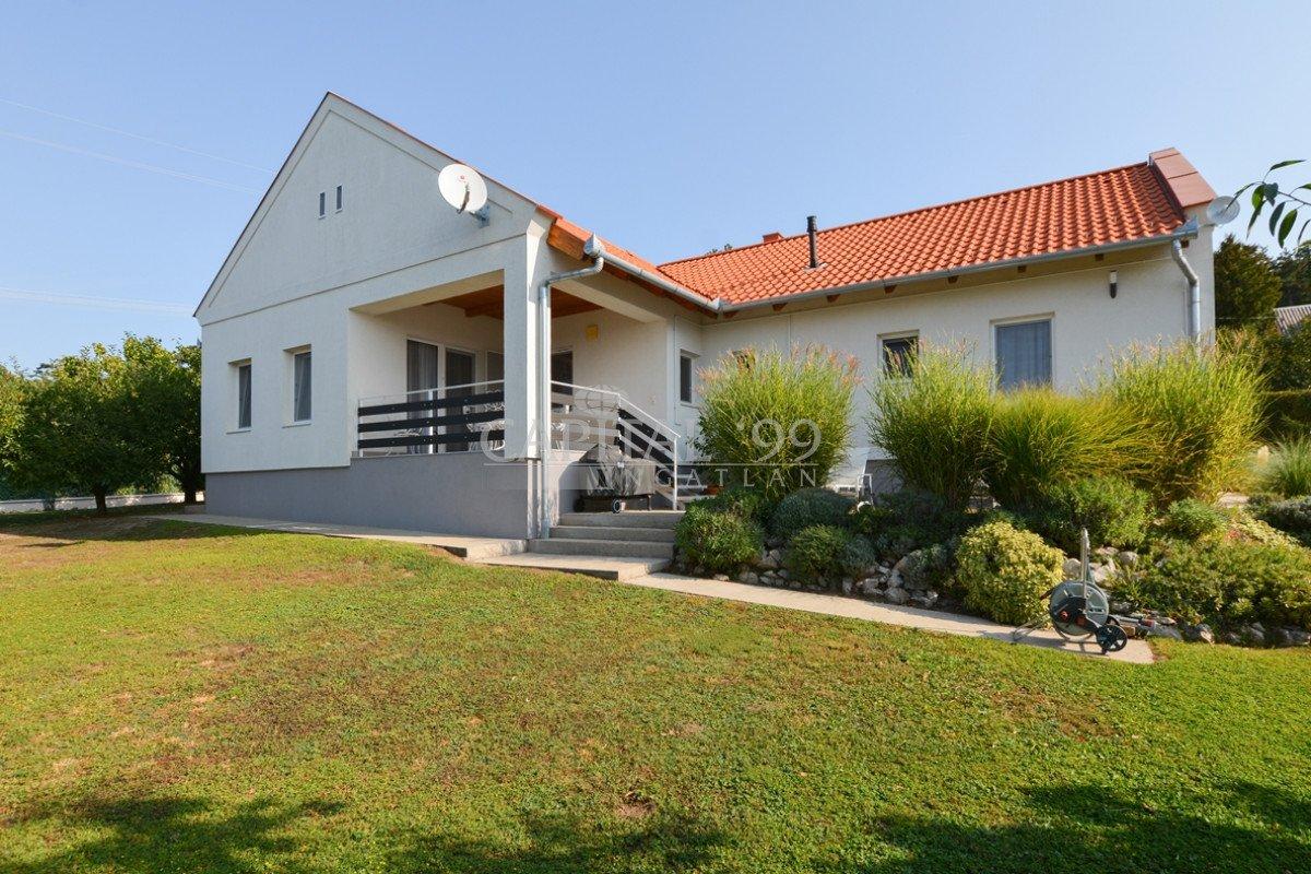 Продажа дома в венгрии купить дом в пхукете цены в рублях